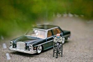 Miniature Figure Bernie Sanders 1/87 or 1/64 Diecast Hotwheel no Preiser