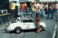 1979 LINDA VAUGHN SEXY LEGS GO KART HURST OLDS IN CUT OFF SHORTS HOT PANTS PHOTO