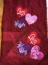 Embroidered Hand Towel & Wash Cloth Set Valentine's Day Hearts Love Hugs Kisses