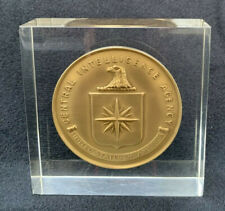 Cia Central Intelligence Agency Service Bronze Medallion Medal Lucite 1974 Rare