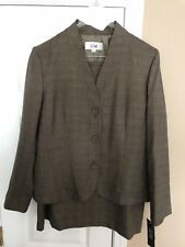 Le Suit Womens Size 16 2-piece Skirt Suit, Black with Gold streaks New With Tags