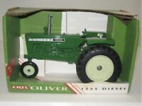 Ertl Oliver 1555 Diesel Narrow Front Axle  Collector Ed