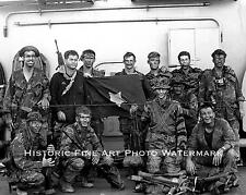 VIETNAM WAR PHOTO US NAVY SEAL TEAM ONE CAPTURED VIET CONG FLAG 1968 8x10 #22116