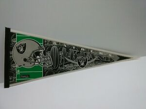 Oakland Raiders Vintage 1990s Team NFL Collectible Pennant FOOTBALL
