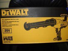DeWalt DCE570B 20V MAX Cordless 29oz Adhesive Gun Lithium Ion NEW
