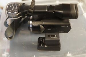 Great Sony NEX-VG20 Interchangeable Lens Full HD Handycam camcorder(Body)E-mount