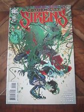 Gotham City Sirens # 15 October 2010 DC Harley Quinn Catwoman Poison Ivy.      1