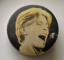 DAVID BOWIE LARGE METAL PIN BADGE FROM THE 1980'S SPACE ODDITY VINTAGE RETRO