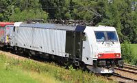 Roco 73667 H0 E-Lok 186 443 Railpool Ep6 Zebra-Design weiß DC analog mit Schnitt