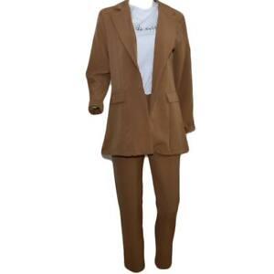 Tailleur coordinato donna camel con blazer lungo taglio maschile e pantaloni a s