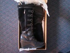 Women's size 11 black leather suede Khombu brand winter boots stylish edgy cute