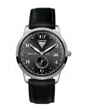 Armbanduhren im Flieger-Stil mit gebürstetem Finish