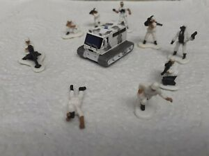 1990s Micro Machines  LGTI ARMY Snow patrol truck and figures