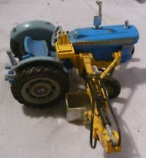 Vintage Corgi Toys Farm Tractor Ford Super Major With Side Scoop
