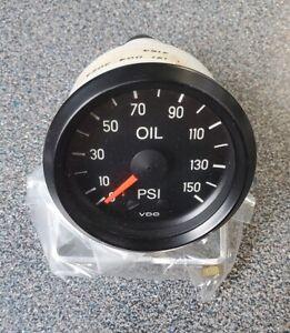 """VDO Mechanical Oil Pressure Gauge 150-046 - 150PSI - 2-1/16"""""""