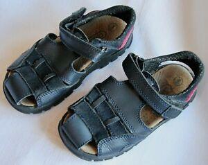 Chipmonks boys navy leather sandals - size 8