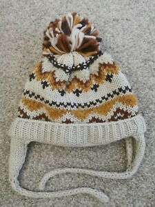 Zara 3-5 Boys Bobble Hat Used