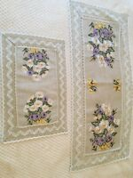 """Linen Table Runner with Country Floral embroidery//linen lace 40x85cm//15""""x 33"""""""