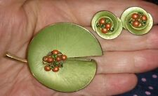 Vintage Kramer Jewelry Set - Lily Pad -Brooch & Clip On Earrings