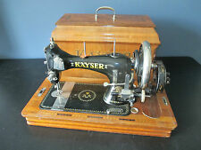 Beautiful Hand Crank Kayser Model L Sewing machine with wooden case
