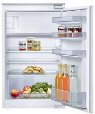 NEFF K1524XSF0 Einbau-Kühlschrank, Gefrierfach oben, Schlepptür, FreshSafe 88 cm
