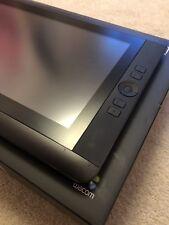 Wacom Cintiq 13HD Interactive Professionnel écran à Stylet, Inc Pen + Nibs avec boite