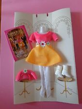1995 Barbie FASHION AVENUE * Mint on Card * MATTEL 1490 AWESOME + Booklet!