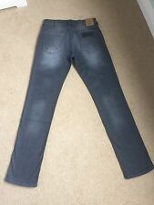 Mens Wrangler Greensboro Regular Taper Stretch Grey Jeans W30 L34 BNWT (901)