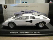 1:18 KYOSHO 08324W LAMBORGHINI COUNTACH LP400 WITH ROOF WING WHITE *NEW*
