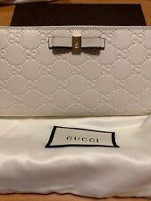 Gucci Wallet Ziparound Bow White Signature 388680