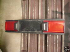 90 91 92 MAZDA 323 PROTEGE LX TAIL LIGHT CENTER SECTION