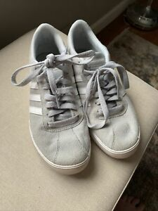 Adidas Womens Casual Sneakers Light Gray Suede Size Size 6.5