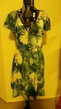 NEW Water Lily Ruffle dress, size 12-14
