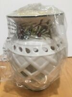 Lenox Etchings fragrance warmer - comes with Yankee Candle vanilla tart NEW
