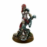Wargame Exclusive Sisters Sister Repentium w/ Chainsaw-sword - 40k Repentia THG