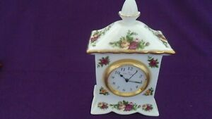 Royal Albert Old Country Roses Attractive Mantle Clock