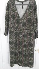 Green Patterned Dress Size 30