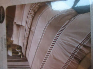 HOMESTYLE Collection brown & beige striped Reversible Single Duvet Set
