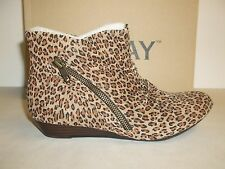 Array Size 6.5 M CHEYENNE Leopard Leather Wedge Ankle Boots New Womens Shoes