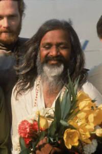 Maharishi Mahesh Yogi With Mike Love 1968 OLD PHOTO