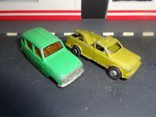 lot de 2 petites voiture ( norev et autre ).