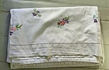 More details for french vintage metis linen double sheet with pretty embroidered flowers near top