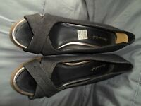 American Eagle Woman's Blacak Denim Wedge Open Toe Shoes Size 11W NWT