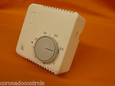 Bimetallic Room Thermostat SPDT with internal ON-OFF Switch (CTY90C5A9950)