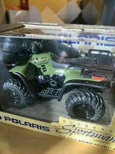 Ertl Outdoor Sportsman Polaris Sportsman 400 ATV 1:18