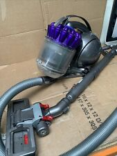 Dyson Vaccum Cleaner  DC39 Working