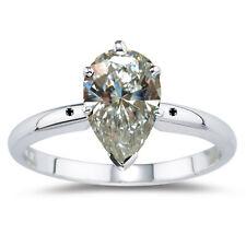 1.30 ct VVS1=OFF WHITE PEAR MOISSANITE & NATURAL BLACK DIAMOND.925 SILVER RING