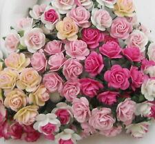 50 Small Mixed Pink Paper Craft Flower Wedding Scrapbook Rose 00/zR8