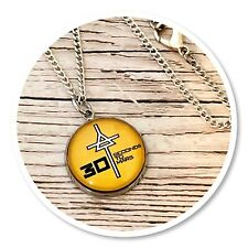 *30 seconds to mars* Echelon 3STM round necklace Triad yellow