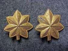 RARE PAIR OF WW2 ARMY MAJOR SHOULDER PINS PALM TREE PATTERN MARKED BEVERLYCRAFT